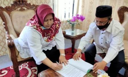Ketua PA Kisaran Teken MoU dengan Fakultas Syariah IAIDU Asahan