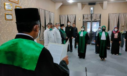 Ketua PA Kisaran Lantik dan Ambil Sumpah Jabatan 2 (Dua) Orang Hakim